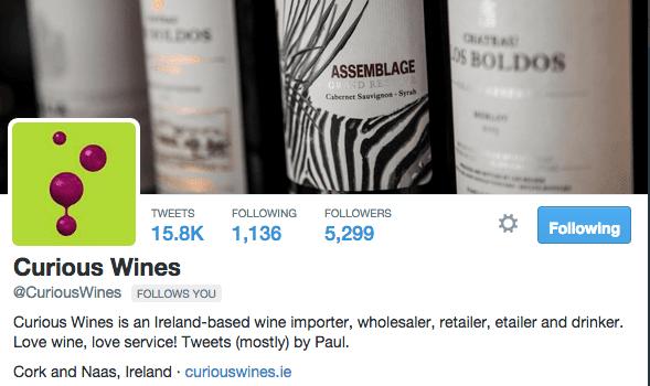 """Curious wines nos diz quem está twittando. """"Tweets (a maioria) por Paul."""""""